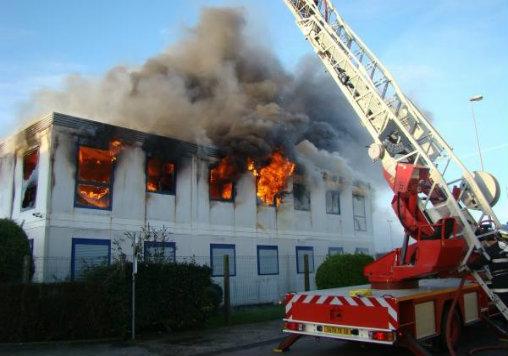 Intervention des pompiers sur un bâtiment relevant du code du travail